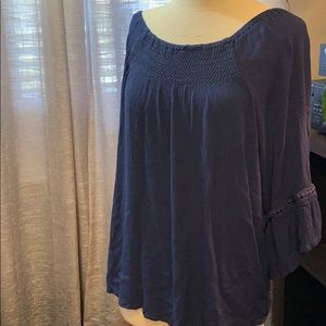 Buy 2 items for $10 Blue ladies blouse